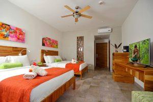deluxe_room_doble_queen_bed